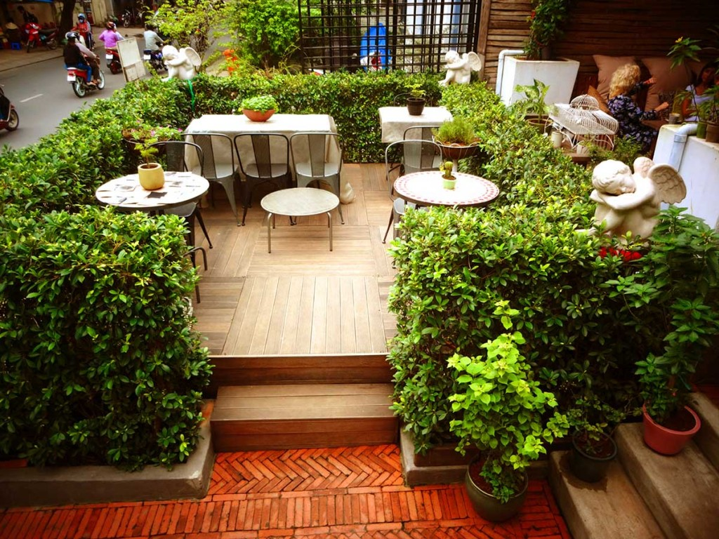 quan-cafe-view-dep-saigon-Flycupcakegarden